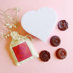 Prenda Madrinha Flores de Chocolate e Saco de Alfazema